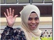 donna malese trovata bere alcoolici riceverà fustigazione dopo l'intervento gruppi diritti umani
