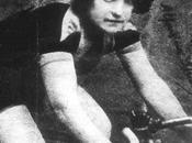 Agostino Ferrente dirige Margherita Hack videoclip Tetes Bois dedicato alla ciclista ribelle Alfonsina Strada