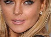 Lindsay Lohan svende suoi vestiti pagarsi debiti