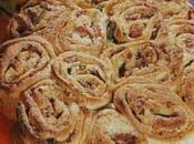 Centro tavola fiorito torta rose
