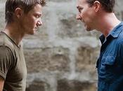 Faccia Edward Norton Jeremy Renner nella nuova immagine Bourne Legacy
