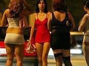 Roma: trans brasiliano pretendeva euro settimana altri prostitute. marciapiede costoso.