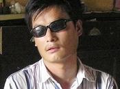 noti dissidenti cinesi, cieco, scompare dagli arresti domiciliari