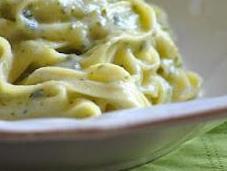 Fettuccine alla crema zucchine menta