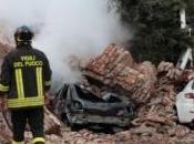Terremoto Emilia, quattro morti almeno feriti. Danni enormi