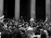 2012 Pantheon Manifestazione Solidarietà dopo l'attentato Brindisi
