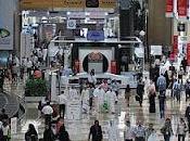 Dubai cresce ancora grazie commercio turismo.