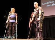 Esoscheletro aiuta disabili camminare nuovo