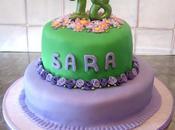 Torta lilla verde fiorita
