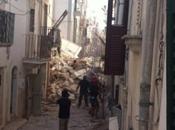 crollo delle palazzine Coversano: dispersa famiglia italo-olandese (genitori bimbo mesi) sotto macerie