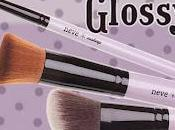Nuovi pennelli Neve makeup: Glossy Lilac
