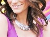 Laura Pausini: cantante presenta anteprima nuovo singolo