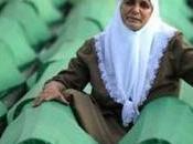 Srebrenica, inflitti anni prigione carnefici. Mladic intitolano strade
