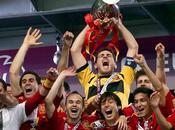 Europei 2012. Trionfa Spagna 4-0. Kiev Monti canta l'inno