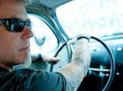 Metallica James Hetfield firma linea occhiali sole