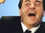 Pietro fuori testa, tratta difendere Napolitano logica. appellarsi alla Costituzione solo quando conviene. Altro marcio Danimarca, letamaio.