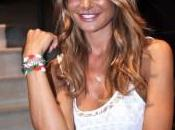 Nicole Minetti testimonial braccialetto olimpico italiano.