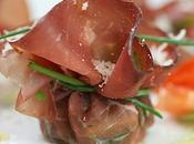 Fagottini bresaola rucola scaglie parmigiano