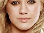 Kelly Clarkson piccoli passi verso country music?