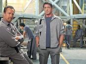 leggende dell'action come Arnold Schwarzenegger Sylvester Stallone nella prima immagine Tomb