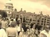 "Dance Walk Flash Londra, ""invaso"" Millenium Bridge: video"