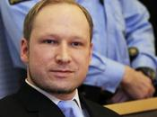 Breivik confronto agnellino.