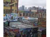 pointz: MOMA graffiti