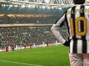 Bendtner chiede alla Juve maglia numero Alex.