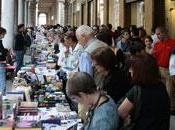 portici fanno carta, Torino. libro esce strada, nuovo.