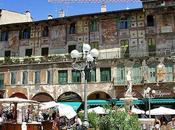 piazza delle Erbe amata turisti tutto mondo