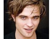 Robert Pattinson alcol buddismo concerto Black Keys