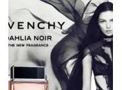 Mistico femminile: Dahlia Noir, creazione Givenchy dall'amicizia Mariacarla Boscono Riccardo Tisci