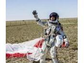 Felix Baumgartner supera barriera suono: volo 40mila metri d'altezza