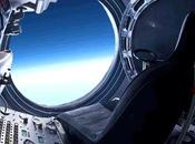 divertente Felix lancia dalla stratosfera terrestre