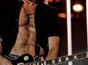 STEF BURNS attesa nuovo album, alcune date Italia Novembre Dicembre all'Auditorium Parco della Musica spettacolare concerto chitarre.