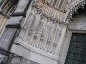 approfondimento pilastri della cattedrale John Divine
