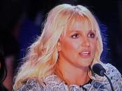 Factor Usa: Britney Spears tappi nelle ears?
