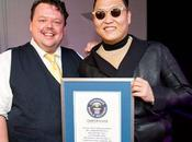 Gangnam Style: Guinness World Records flash