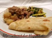 Chapati africane stufato carne fagioli, riso cocco zucchine