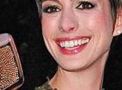 Anne Hathaway racconta momenti difficili vissuti dopo Misérables