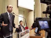 """Berlusconi: """"per niente primarie...si diretti alle medie!"""""""