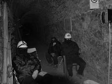 Video Esclusivo: operai Rockwool murati miniera Sulcis
