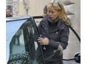 Nancy Brilli l'auto sosta vietata: foto