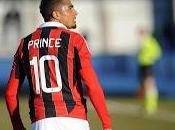 Cori razzisti contro Boateng: Milan abbandona partita