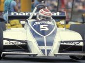 Brabham torna casa