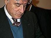 Dell'Utri condannato anni. senatore mediatore boss mafiosi Berlusconi. silenzio Tg5. Timida reazione Solo Antonio Pietro parla chiaro