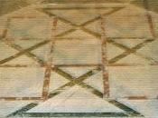 Duomo Fidenza: intarsi marmorei pavimento
