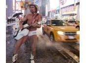 """York, """"cowboy nudo"""" Times Square sposato"""