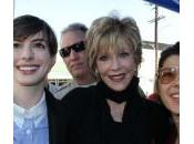 V-Day, Anne Hatahaway Jane Fonda insieme contro violenza sulle donne