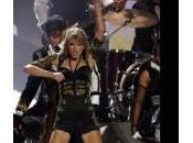 """Taylor Swift sexy palco, Harry Styles: sembrata splendida"""""""